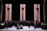 Foto de I Puritani di Vincenzo Bellini in scena al Teatro Massimo di Palermo
