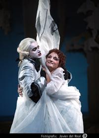 Federica Carnevale e Anito Zorzi Giustiniani ne La Vera Costanza di Franz Joseph Haydn al Teatro di Reggio Emilia